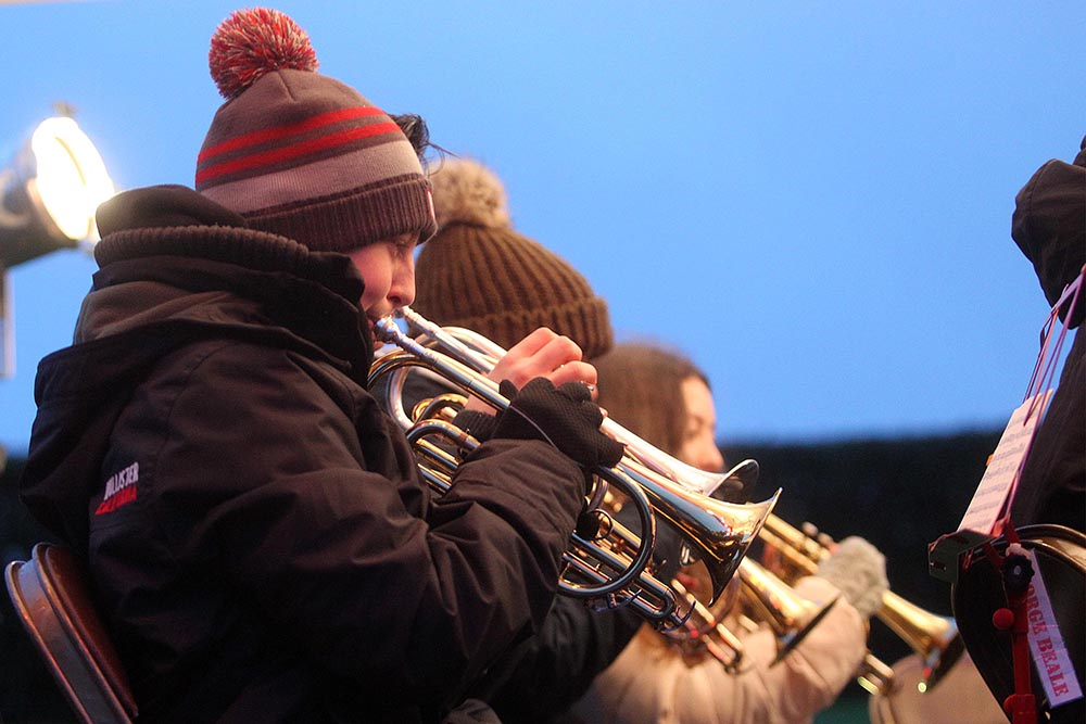 Christmas carols at MK Rose